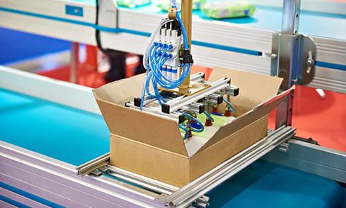 industrial robotics, picking robot