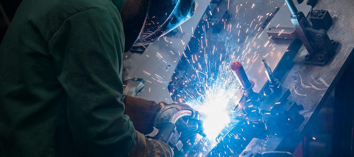 raymond corp welding