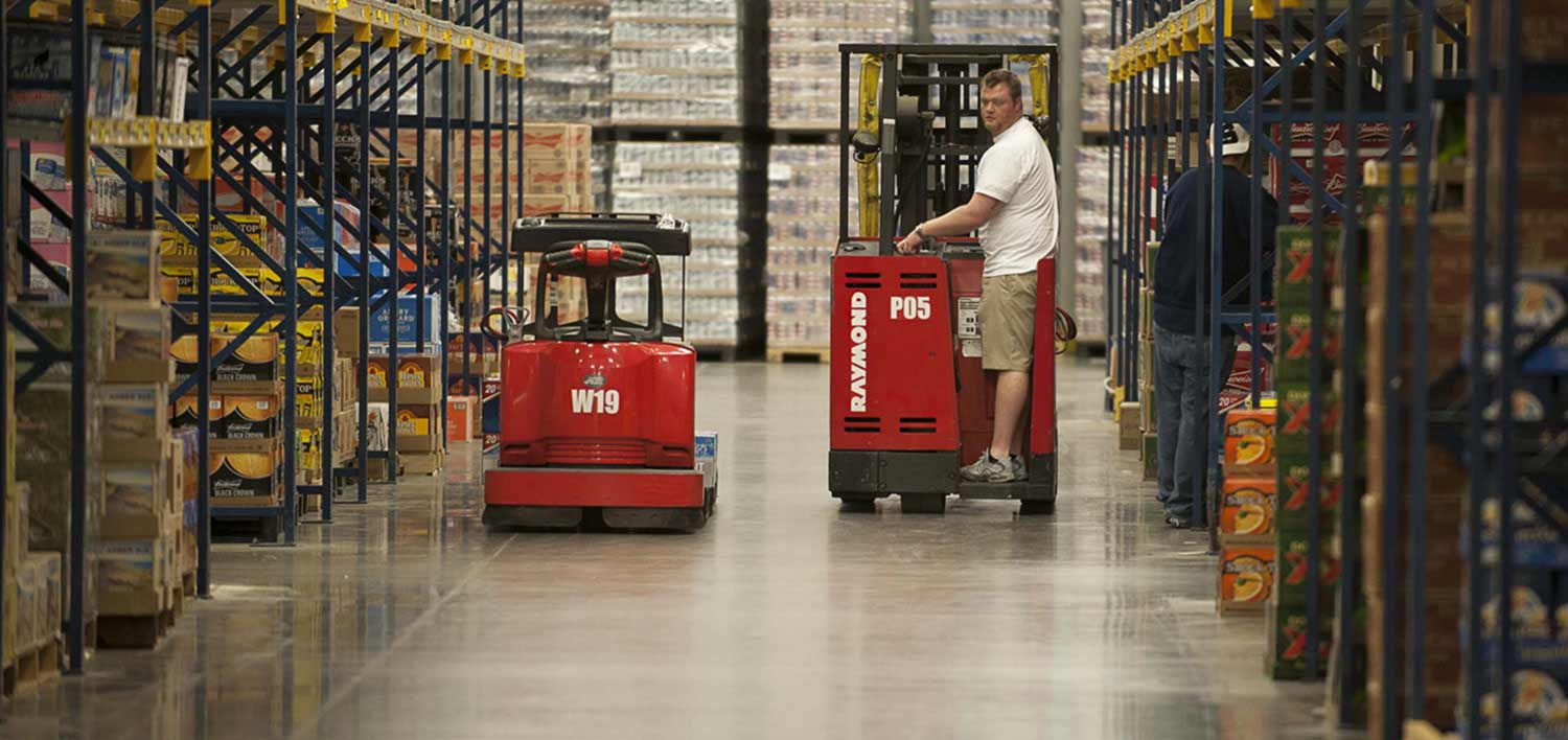 Raymond sit down forklifts, Fabiano Brothers, Beverage Distribution Warehouse