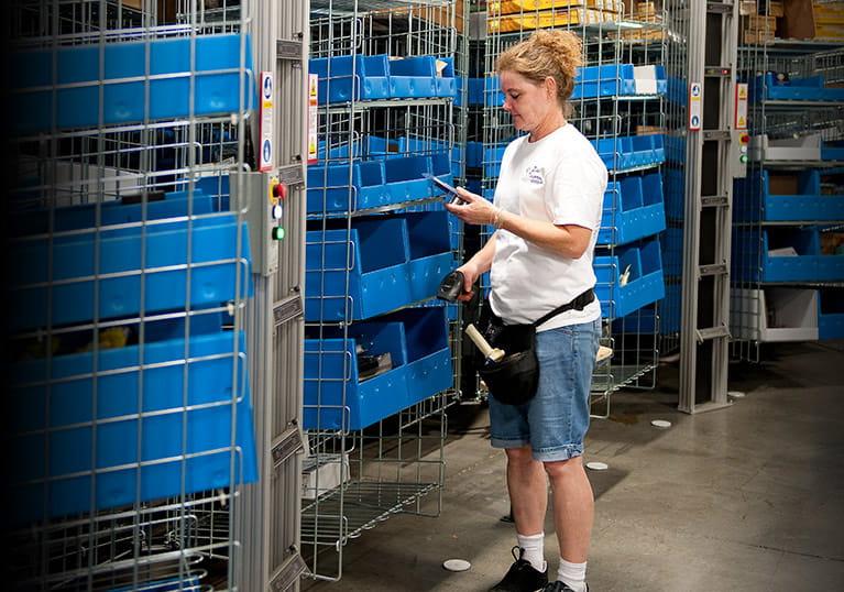 Zanders Sporting Goods Utilizes Raymond Material Handling Solutions