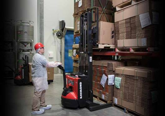 Raymond 6210 Walkie Straddle Stacker; Walkie Pallet Stacker