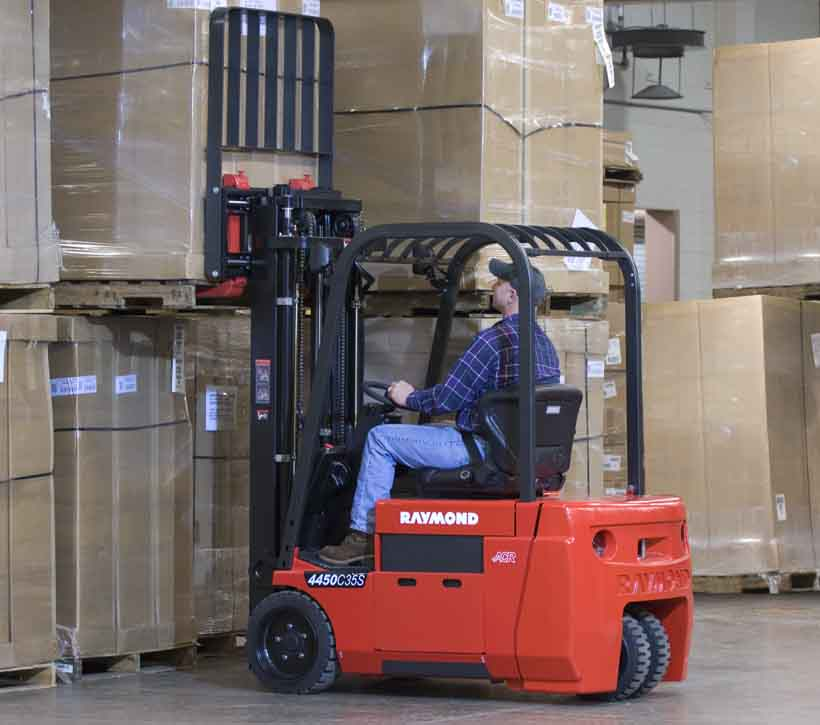 Raymond 4450 Sit Down Counterbalanced Forklift programmable functions
