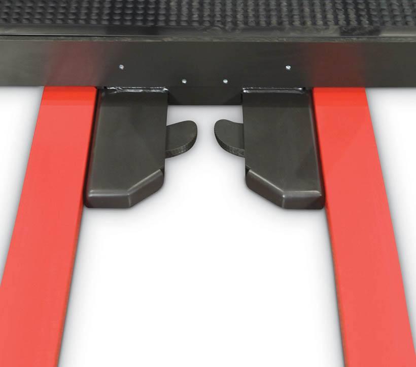 Raymond 5200 Orderpicker Auto Locking Pallet Clamp