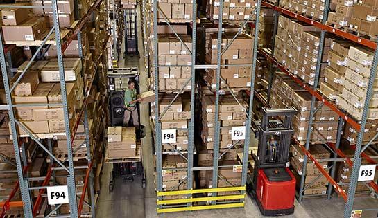 Raymond 5500 Order Picker Forklift | 5000 Series Order Pickers
