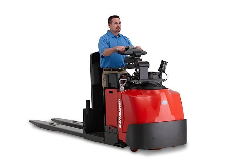 Raymond 8510 Center Riding Pallet Jack Operator Compartment