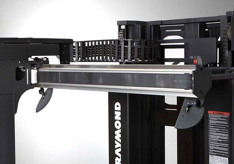 Raymond 9800 Swing Reach Truck advanced belt drive