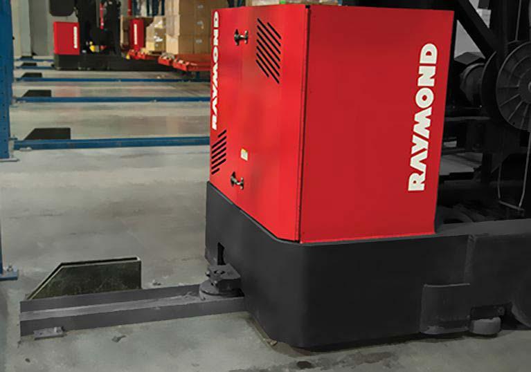 Raymond Transtacker Heavy-Duty High Capacity Turret Truck