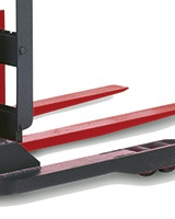 Raymond walkie pallet stacker