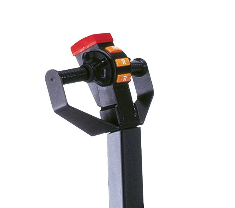 Raymond RSS walkie straddle stacker handle