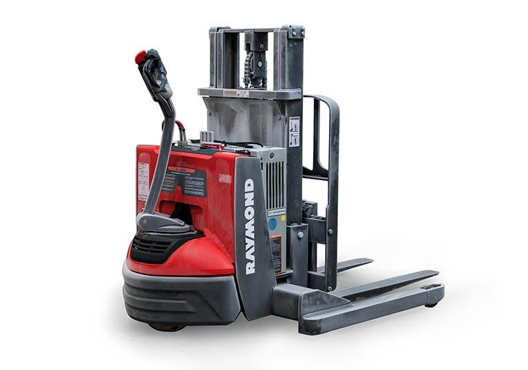 Pallet Stacker with cold storage conditioning