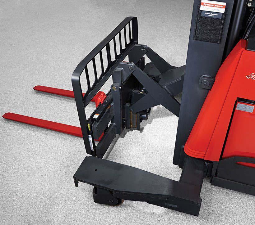 Raymond 7310 4-Directional Reach Truck Rugged Reach Scissor Mechanism