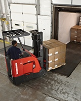 Raymond stand up end control forklift