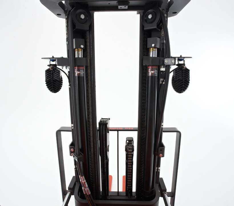 Raymond 4150 Stand Up Counterbalanced Truck Clear View Mast