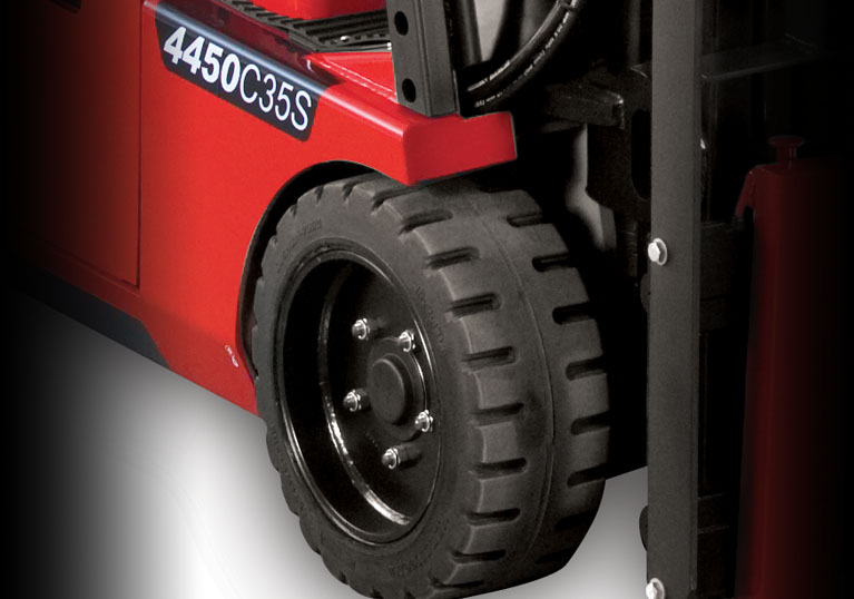 Raymond 4450 Sit Down Counterbalanced Forklift with Oil Cooled Disc Brakes