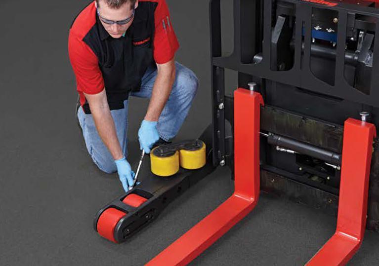 Raymond Reach Trucks easy load wheel change