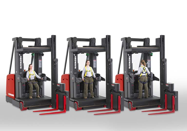 Raymond 9000 Series Swing Reach Truck Adjustable Operating Positions