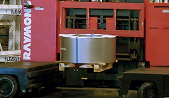 Raymond 9300 Sideloader Long Load Forklift with Hydraulic Adjustable Forks